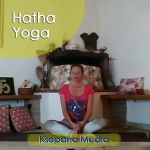 Hatha Yoga: Ksepana Mudra